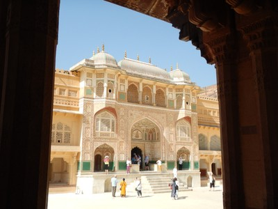 Amber Fort Ganesh Gate, named after the Hindu god, is the entry into the private palaces of maharajas; above it is where ladies of the royal family used to watch functions held in the Diwan-i-Aam through latticed marble windows called jâlîs
