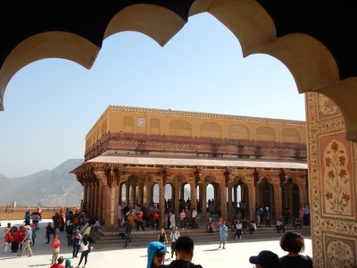 The Public Audience Hall at the Amber Fort is a raised platform with 27 colonnades, each of which is mounted with an elephant-shaped capital, with galleries above it;; unlike the rest of Jaipur, the fort was clean