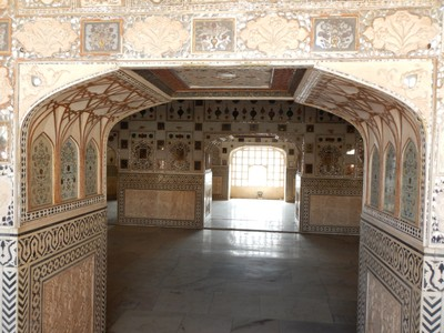 The Mirror Palace is the most beautiful part of the Amber Fort; our tour group has a young couple from Britain, girl from Germany, woman from Canada, girl from Australia, girl from N. Ireland and woman from Sarajevo now in Denmark