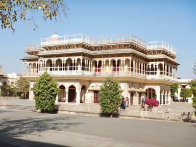 The Mubarak Mahal at the City Palace was built for receiving foreign guests; you won't find anything resembling a supermarket or big box retailers in Jaipur, just mom and pop operations