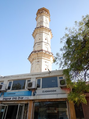 This victory monument, from 1749, is right in the center of this city of 4 million people; Jaipur is a popular tourist destination  and forms a part of the west Golden Triangle tourist circuit along with Delhi and Agra