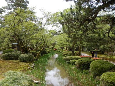 Kenrokuen has the 6 attributes required for a perfect Japanese garden - grandness, seclusion, artificiality, antiquity, waterways and lookout views; admission is a bargain at just $3