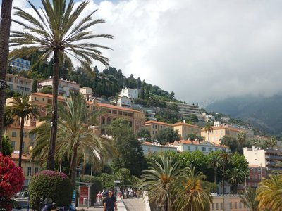 The terrain increases the number of properties with magnificent views; Menton has two train stations on either end of town