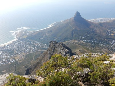 Lion's Head looks so little when seen from Table Mountain; the city of Cape Town doesn't have many great sights but the surroundings are just spectacular