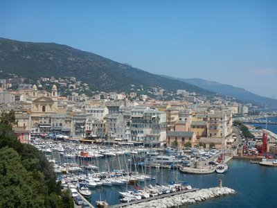 Bastia is wedged on a strip of land about a mile wide between the sea on the east and some very steep mountains to the west