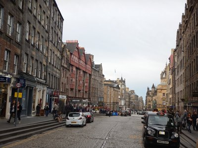 Royal Mile stretches from Edinburgh Castle down to the Palace of Holyroodhouse