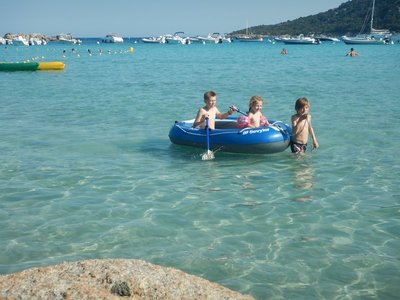 These bays were ideal for kids because the water tends to be very shallow and without waves; there were also no jellyfish!