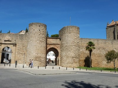 13th century Puerta del Almocabar was the main gateway to the castle