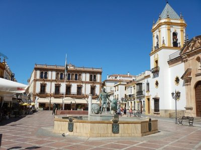 Plaza del Socorro is the modern political center of Ronda, it was here that Blas Infante showed off the Andalusian flag and coat of arms for the first time in 1918
