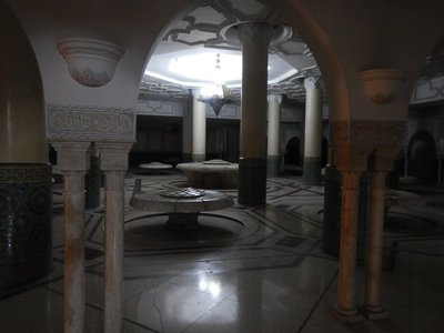 The ablution hall features 41 fountains for washing rituals