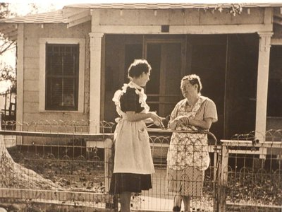 This photo was taken in Texas but it didn't say where; before the internet and social media people used to actually chat with their neighbors