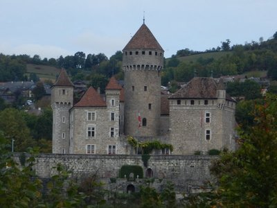 Chateau du Montrottier is a 13th century pentagonal fortress located only 10km from Annecy and next to Fier's Gorge