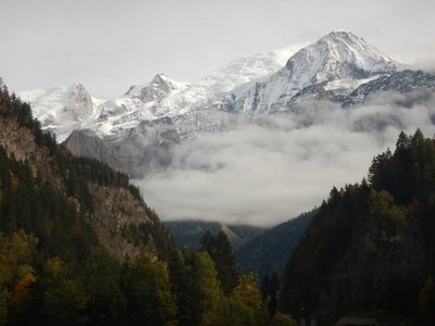 Driving from Annecy to Chamonix it's incredible how the scenery changes as you enter the valley