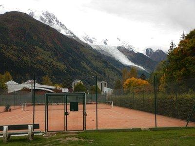 Who could concentrate on tennis with this view of Mont Blanc in the background?