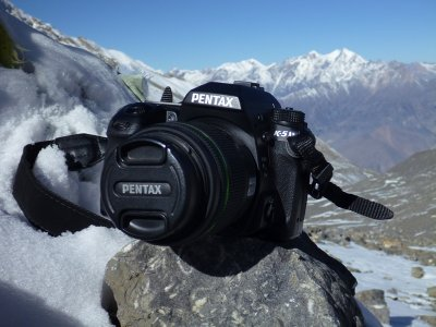 King of the mountains - the Pentax K-5 poses on a Himalayan pass