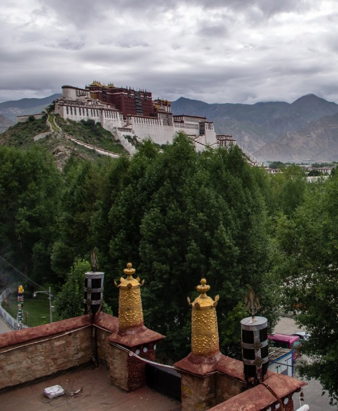 Potala from the Pabuluk Temple