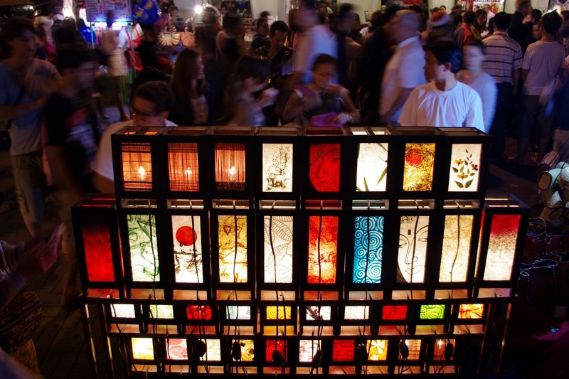 The lantern sellers always draw a crowd