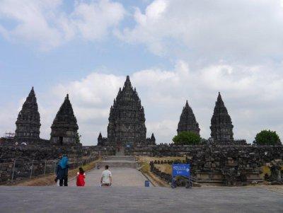 Prambanan_tempels__2_.jpg