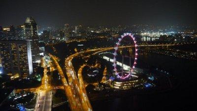 Singapore_..y_night.jpg