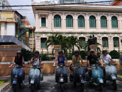 Vespa_tour_HCMC.jpg