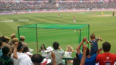 Cricket_Cheerleaders.jpg