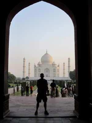 Kevin_and_Taj_Mahal.jpg