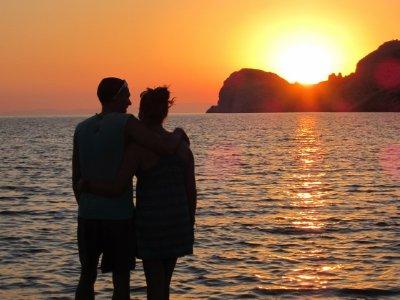Sunset_on_Syros.jpg