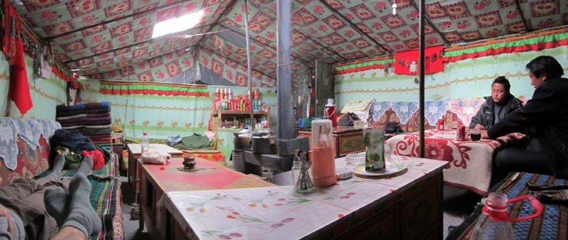 large_Inside_Pea..ak_Tent.jpg