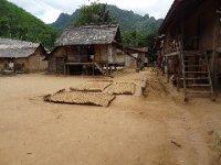 Village Kamu proche de Muang Noi