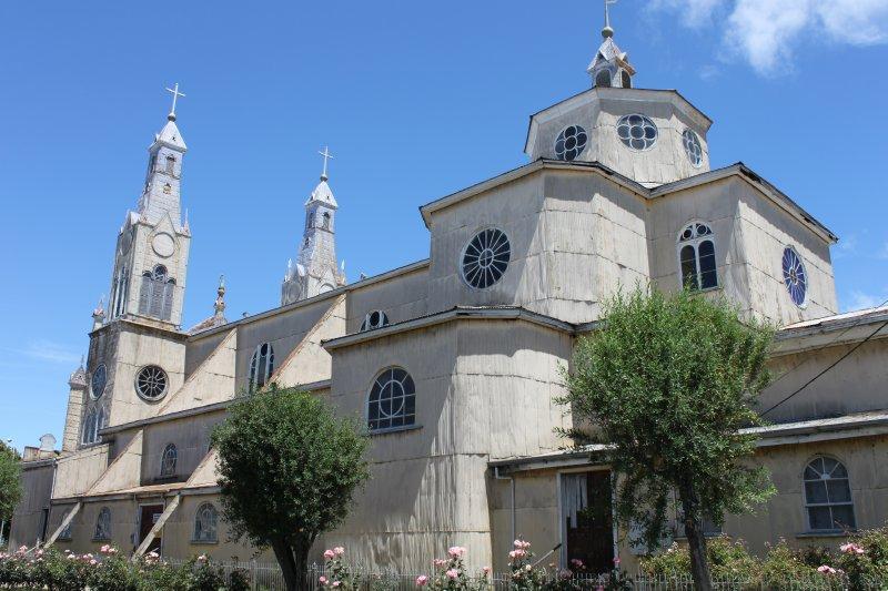 Castro church outside