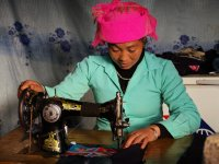 Handbag sewing near Tu Le