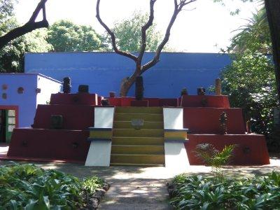 @ Frida Kalho's yard
