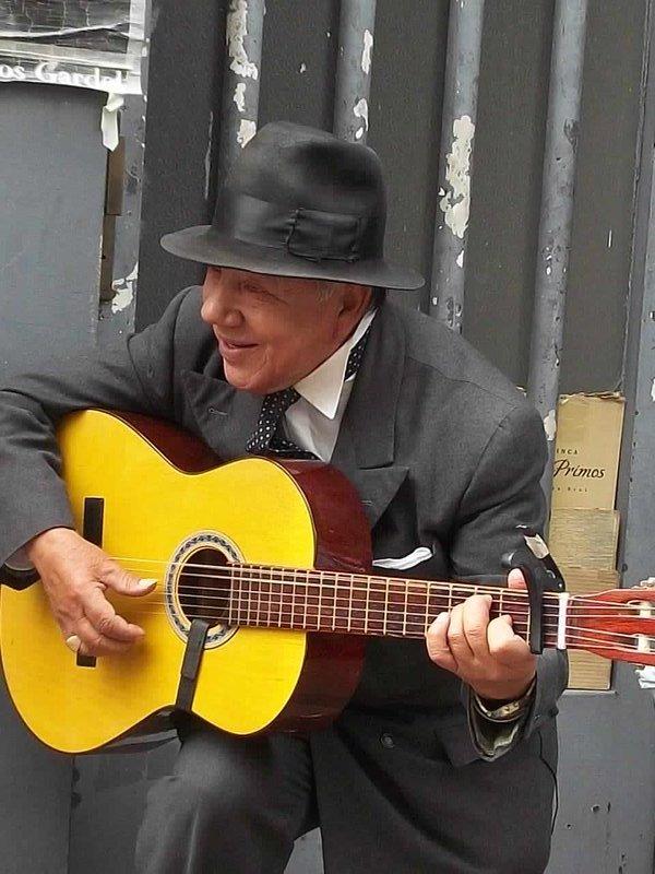 old man guitar