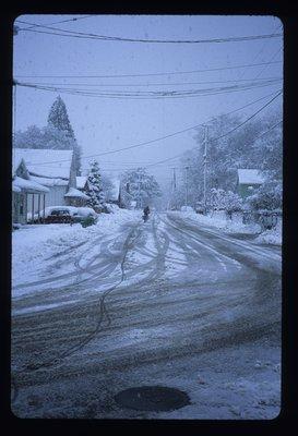 snowbiking.jpg