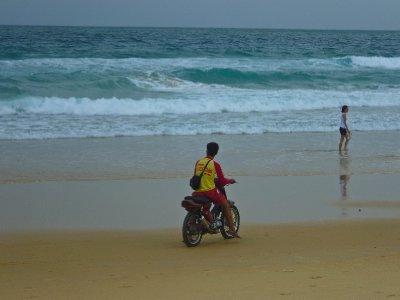 Beach life3-14