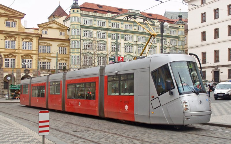 large_tram3.jpg