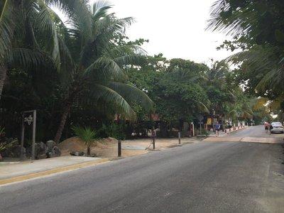 Tulum_street.jpg