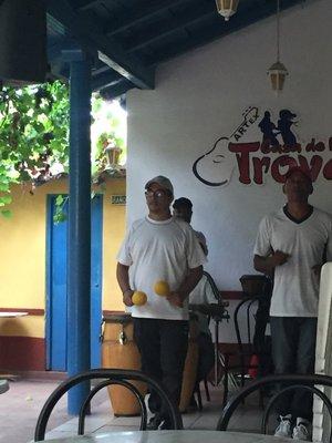 trinidad_tromba_musos.jpg