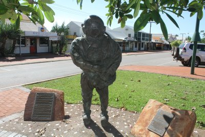 Divers' statue, Broome