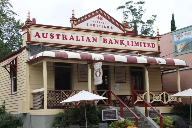 Kangaroo Valley bank