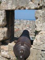 Tripoli_citadel_canon.jpg