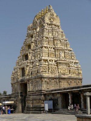 Belur_Gopuram.jpg