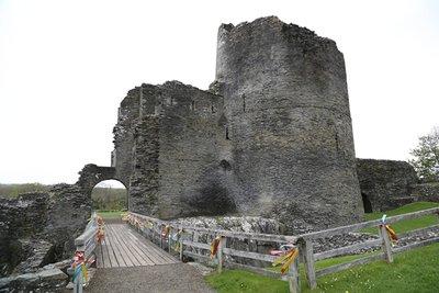 Cilgerran_Castle_1.jpg