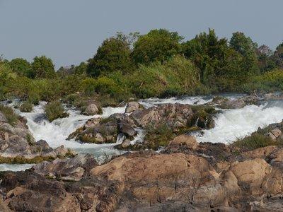 Liphi_Waterfalls_1.jpg