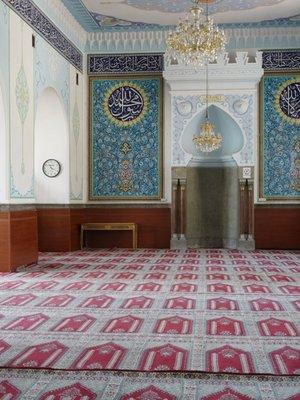 Mosque_2.jpg