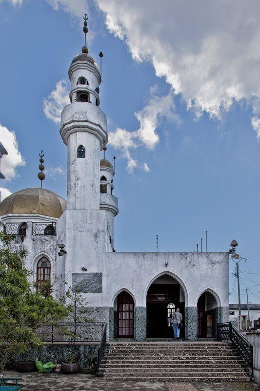 large_Abdallah_Mausoleum_2.jpg