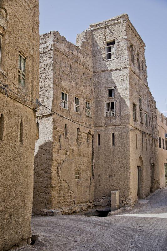 large_Al_Hamra_Village_11.jpg
