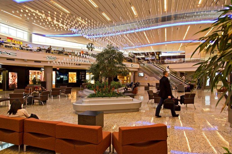 large_Atlanta_Airport_1.jpg