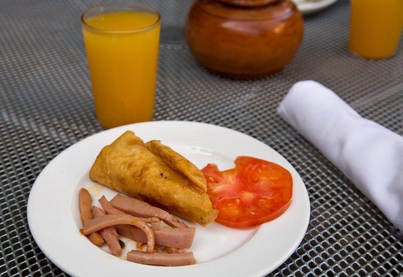 large_Breakfast_..Saut_ed_Ham.jpg