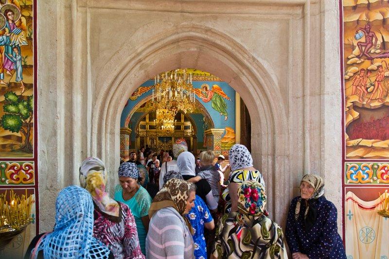large_Capriana_Monastery_13.jpg